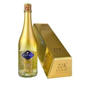 Vin Spumant Blue Nun cu foite de aur de 24K GOLD 750 ml cutie cadou in forma de lingou de aur