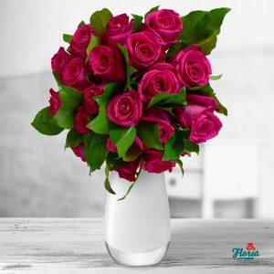 flori buchet de 19 trandafiri roz 33251